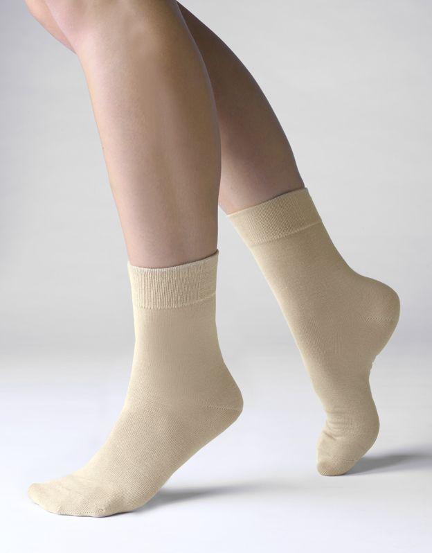 Ponožky klasické bambusky bezešvé 82000P GINA