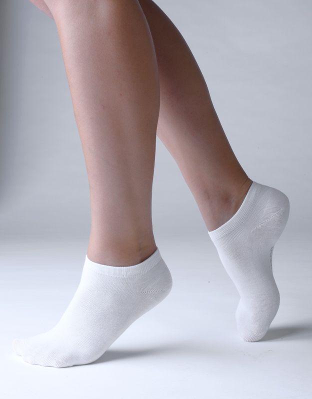 ponožky kotníčkové bambusky bezešvé 82002P GINA